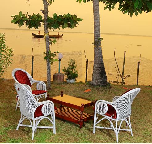 2016-06-24 11_42_02-Orchid Lakeview Homestay, lake side homestay in alleppey, kerala homestay, kutta