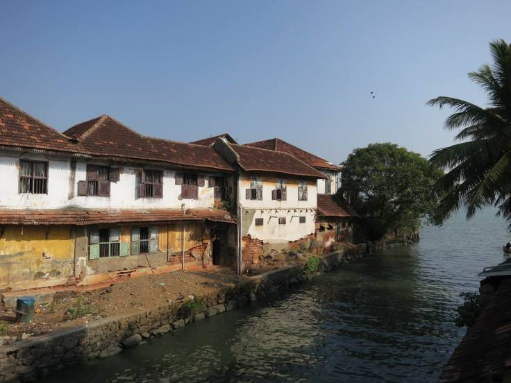 130211-Travel-Day-923-1-Crumbling-Spice-Warehouse-in-Mattancherry(2)