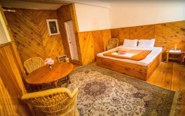 2016-08-02 14_28_32-Jibhi Inn (Banjar) - Hotel reviews, photos, rates - TripAdvisor