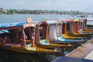 kashmir-boat-642167_1920